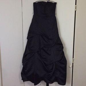 Black gown dress.
